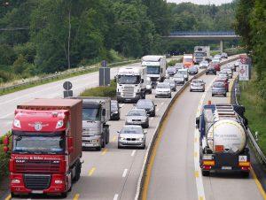 Transport międzynarodowy – czym jest, jak uzyskać licencję?