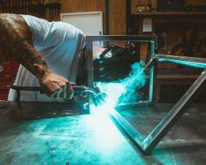 Regały metalowe – gdzie znajdą zastosowanie?